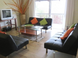 Sunbird lounge